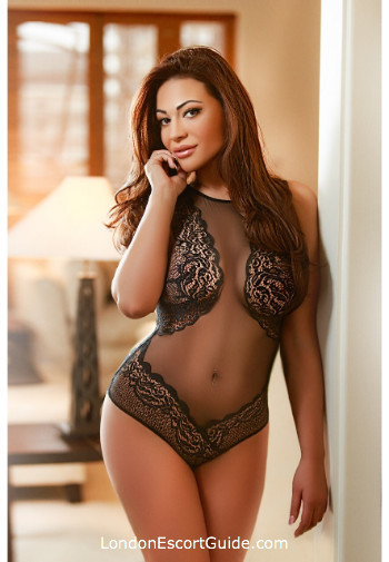 Bayswater 200-to-300 Vicky london escort