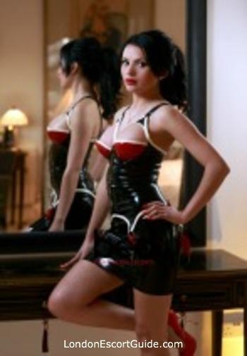 Marble Arch busty Mistress Rosa london escort