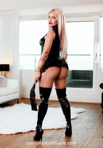 Edgware Road pvc-latex Mistress Makenzie london escort