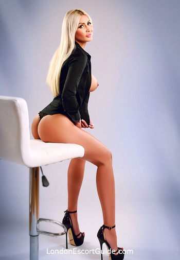 Bayswater massage Adrianna london escort