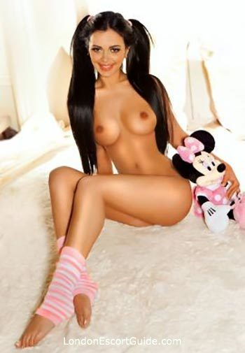 Marylebone under-200 Nata london escort