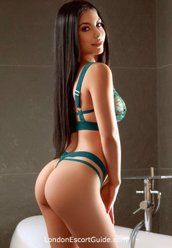 Baker Street massage Vika london escort