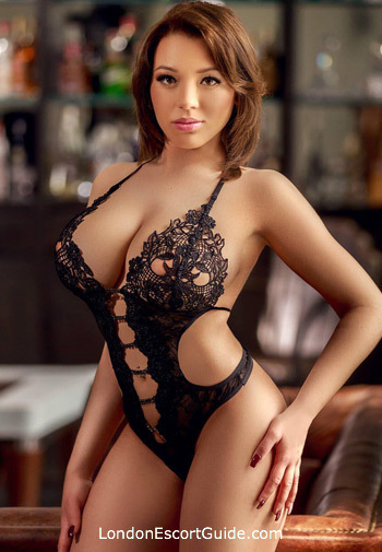 South Kensington brunette Geona london escort