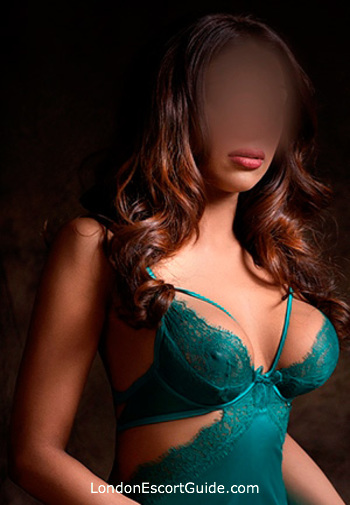 London Bridge 200-to-300 Kyra london escort