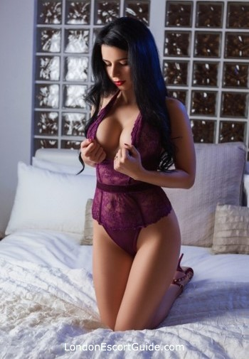 Marble Arch brunette Paula london escort