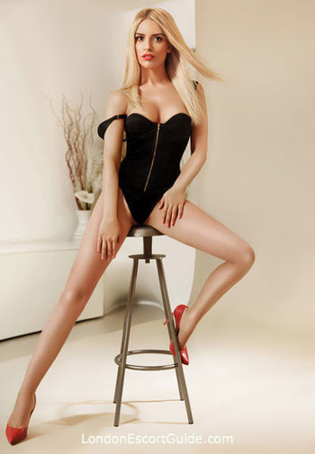 Gloucester Road 300-to-400 Christine london escort