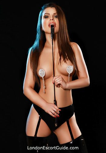 Paddington 200-to-300 Dolores london escort