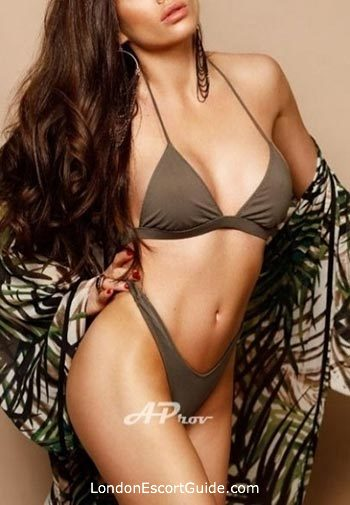 Outcall Only brunette Malena london escort