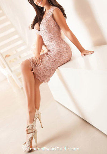 Chelsea 600-and-over Guilia london escort