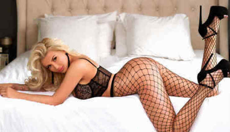 Knightsbridge 200-to-300 Nicole Blonde london escort