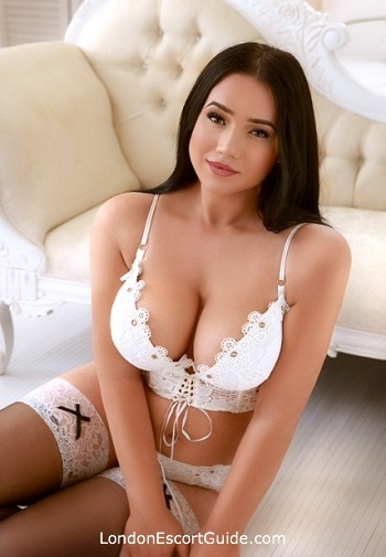 Bayswater busty Chanel london escort