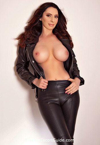Earls Court 300-to-400 Giselle london escort