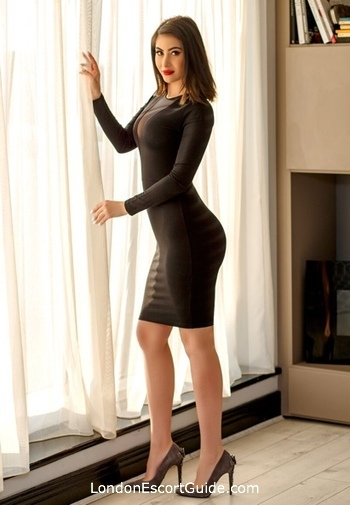 Bayswater brunette Abelia london escort