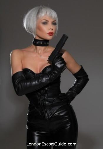 Earls Court pvc-latex Mistress Monika london escort