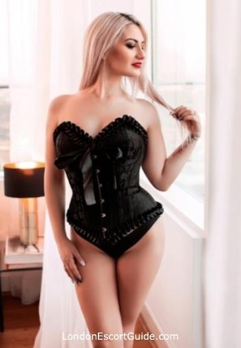 Marylebone pvc-latex Mistress Madeline london escort