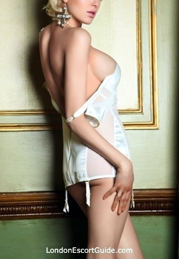 Outcall Only blonde Mel london escort