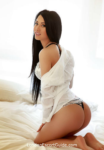 Paddington massage Mira london escort