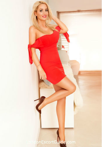 Euston blonde Adriana london escort