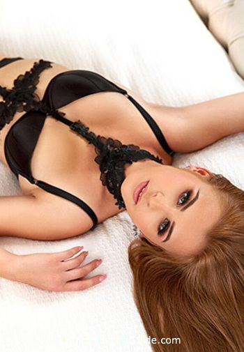 Marble Arch featured-girls Chantelle london escort