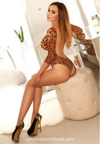 Knightsbridge value Anais london escort
