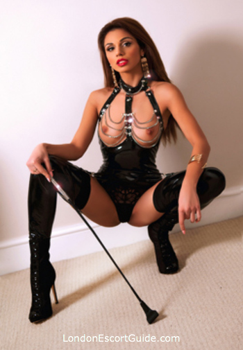 Knightsbridge under-200 Grace london escort