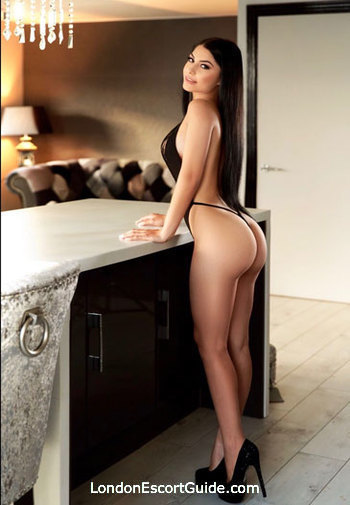 Marble Arch brunette Adela london escort