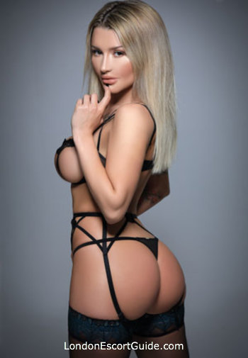 Kensington 300-to-400 Maya london escort