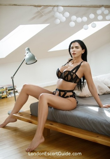 Paddington 200-to-300 Terry london escort