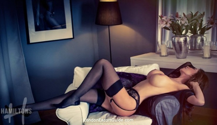 Earls Court english Eve london escort