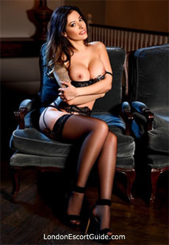 Bayswater under-200 Antonia london escort