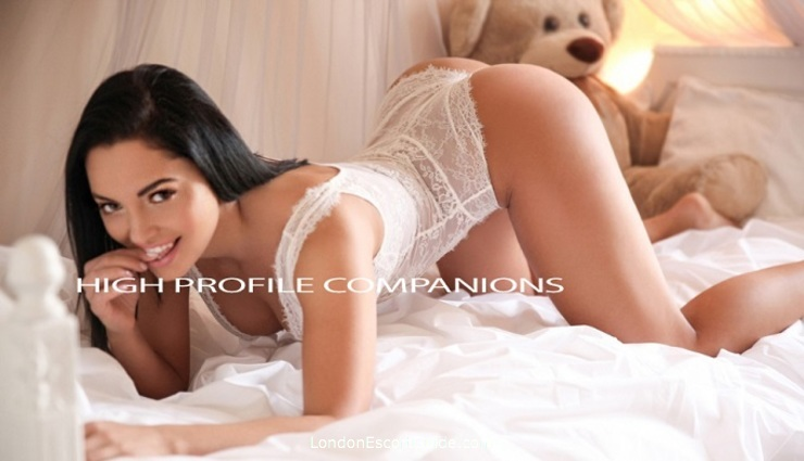 Marble Arch busty Kylie london escort