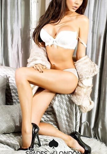 Outcall Only 600-and-over Chloe london escort