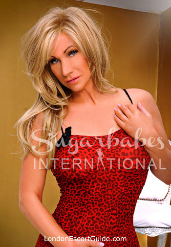 The City 200-to-300 Louise london escort
