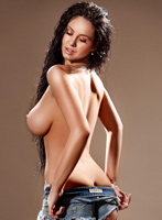 Chelsea busty Bruna london escort