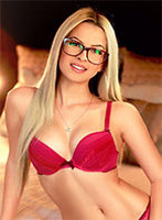 South Kensington under-200 Mia london escort