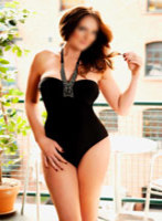 Regents Park brunette Holly london escort