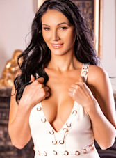 Knightsbridge brunette Mikka london escort