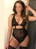 Knightsbridge busty Felicity london escort