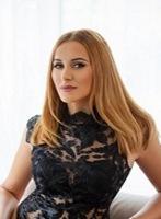 Bayswater blonde Sofia london escort