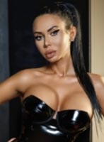 Kensington latin Mistress Caroline london escort
