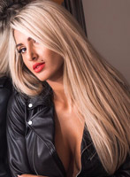 Bayswater blonde Lolita london escort